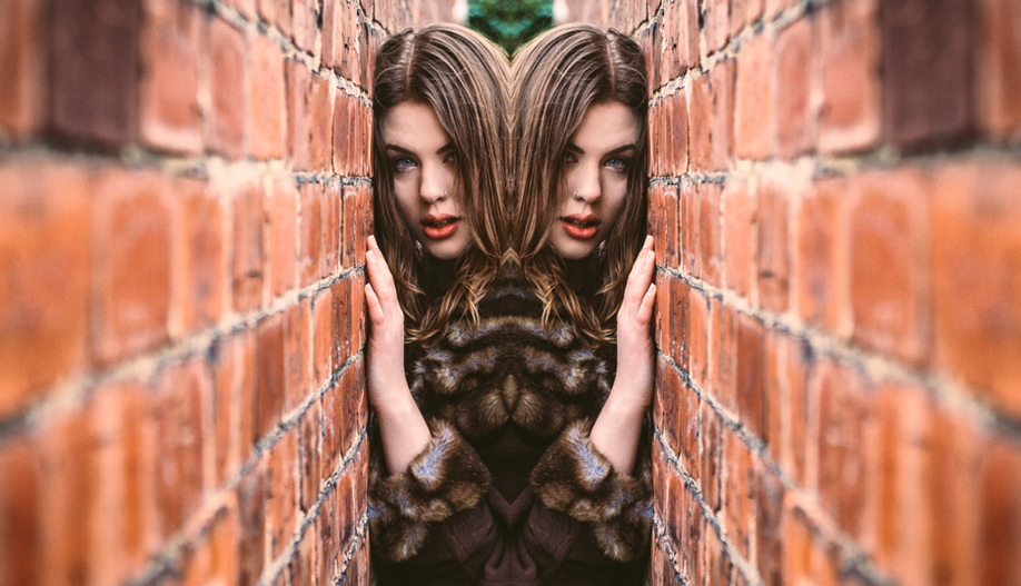 how to flip an image in photoshop tutorial image 1