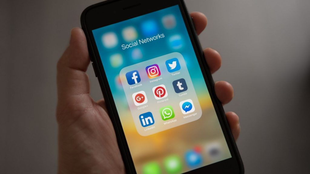 Social media marketing for an ecommerce business